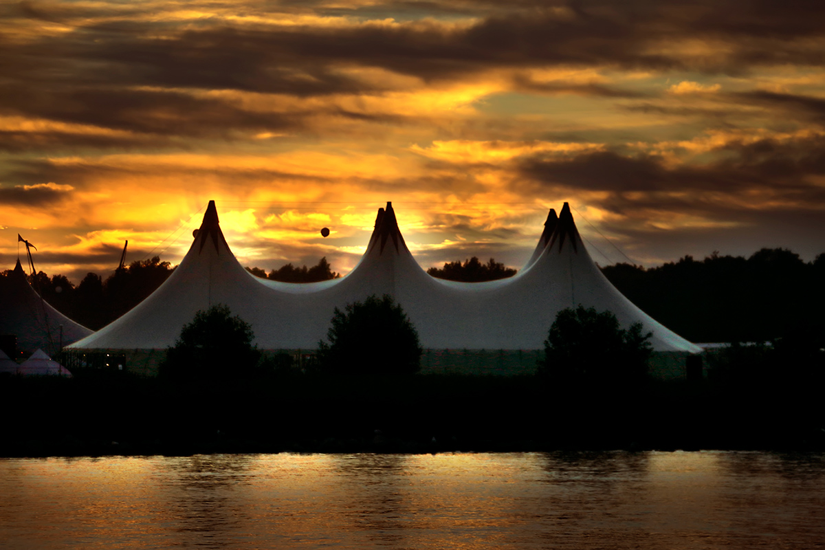 A sunset over the Ruisrock tents in Ruissalo, Turku on July 8, 2016. Picture: Tony Öhberg for Finland Today