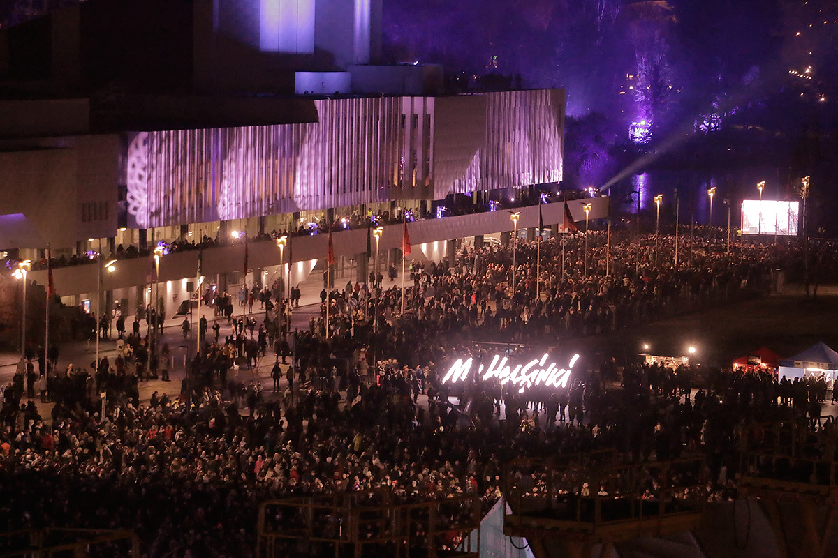A crowd of 100,000 celebrate the centenary of Finland's independence at the Töölö Bay area and Citizens' Square on New Year's Eve on December 31, 2016. Picture: Tony Öhberg for Finland Today
