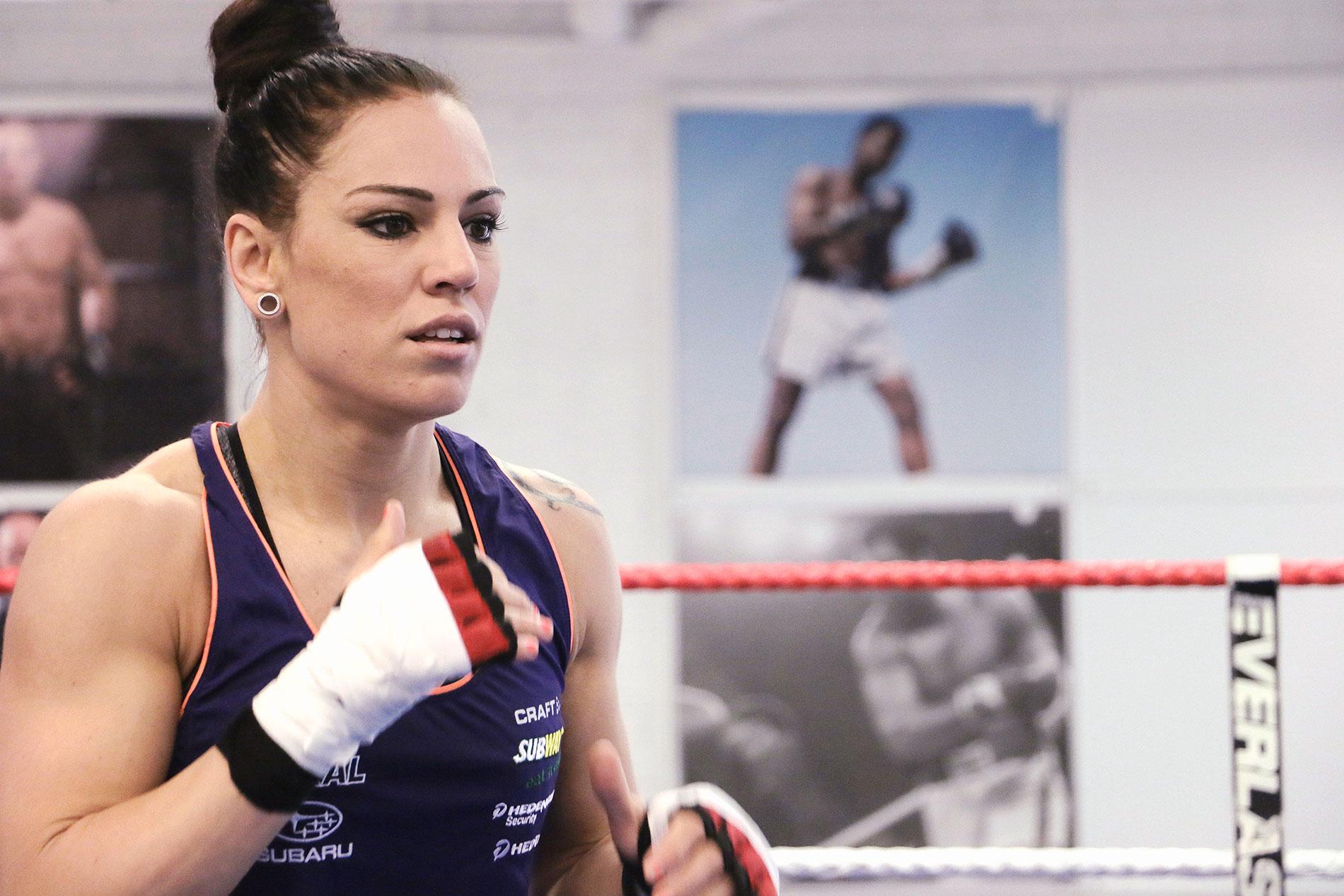 boxing eva wahlström
