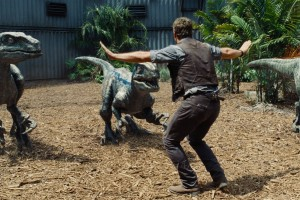 ft-jurassic-world-back-2