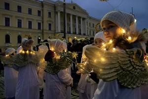 ft-christmas-street-angels