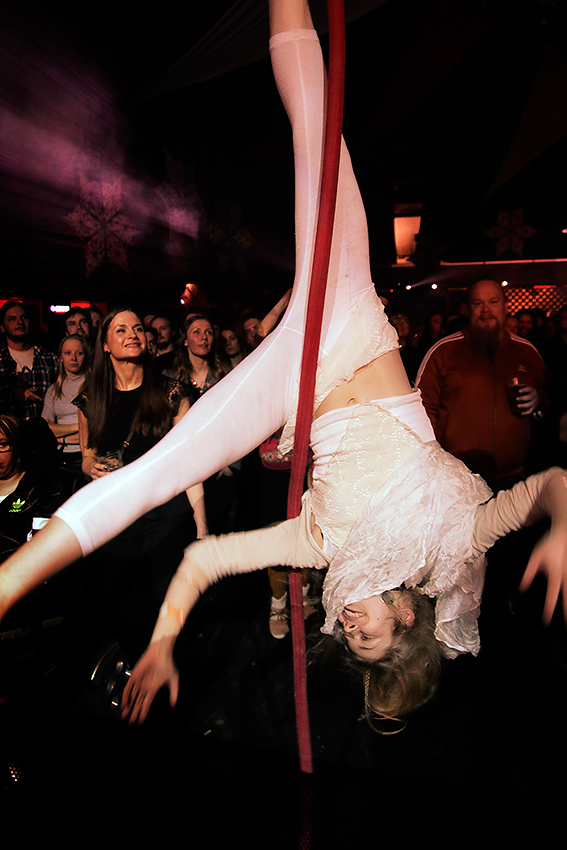 An acrobat performing during Asa & Band's performance. Picture: Tony Öhberg for Finland Today