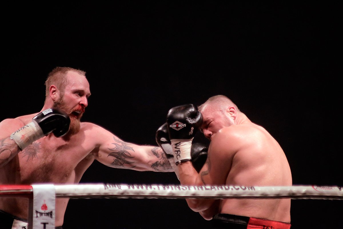 Helenius landed many punches in the early rounds. Picture: Tony Öhberg for Finland Today