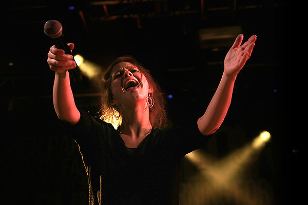 Selah Sue Proves in Helsinki Why Following Prince's Advice Was a Good Idea