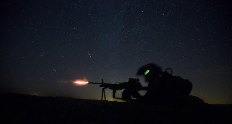 ft-machine-gun-in-night