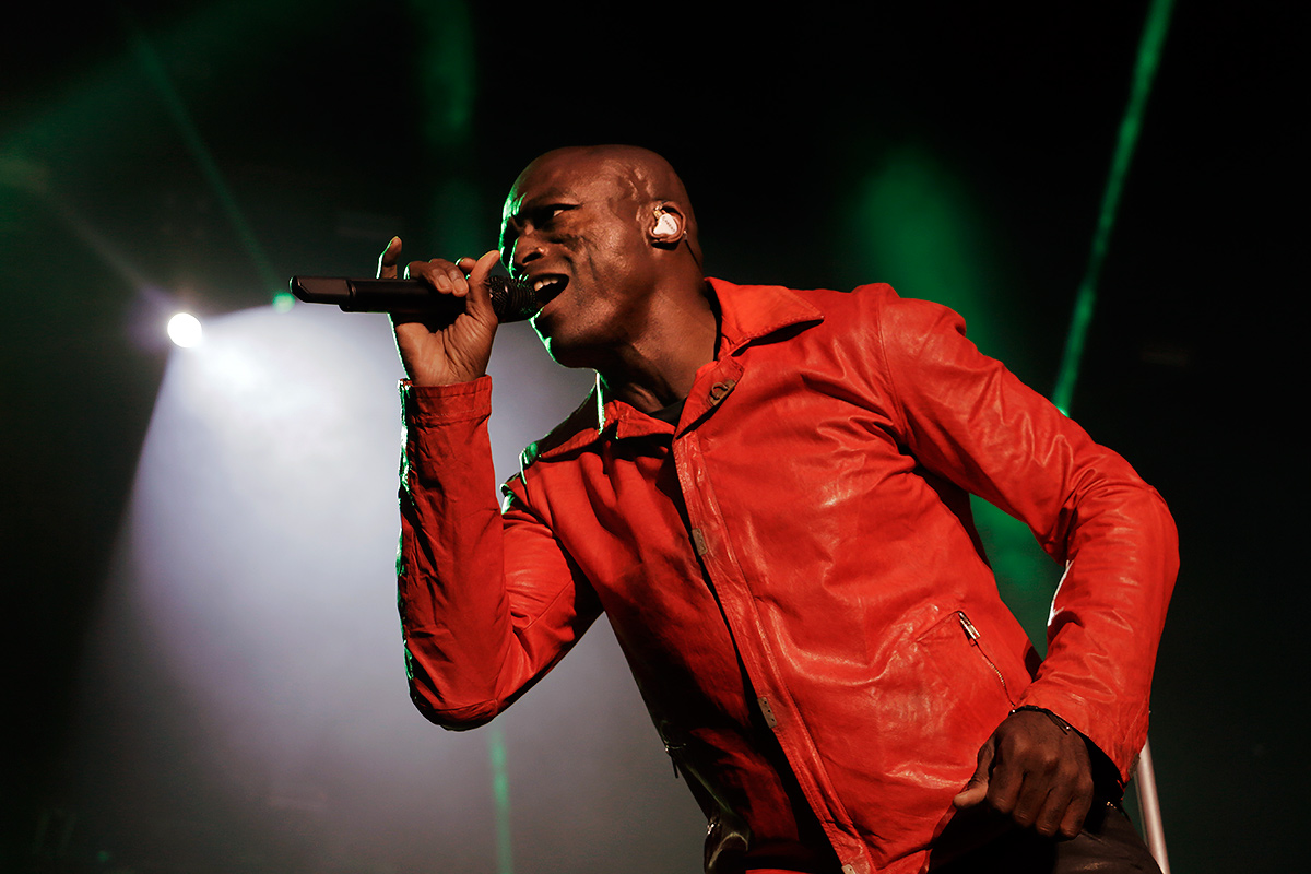 "Seal increased the tempo in the end with ""The Right Life."""