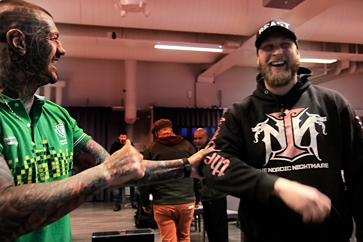 "Gonzalo Basile joking around with his opponent Robert ""Nordic Nightmare"" Helenius, whom he will face in All In Fight Night on Saturday evening at the Helsinki Arena."