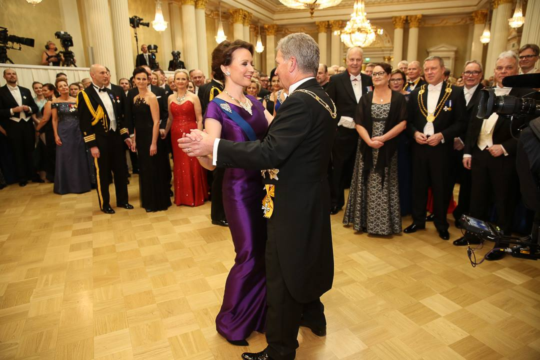 President Sauli Niinistö dancing the waltz with his spouse, Jenni Haukio, during the Presidential Independence Day Reception at the Presidential Palace on Tuesday evening. Picture: The Office of the President of the Republic of Finland