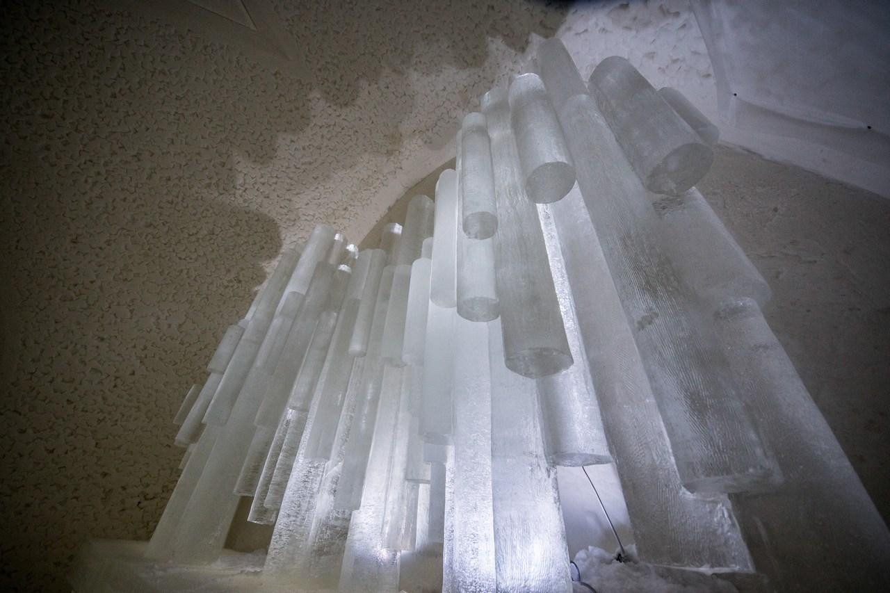 ft-kemi-ice-castle-sibelius-monument