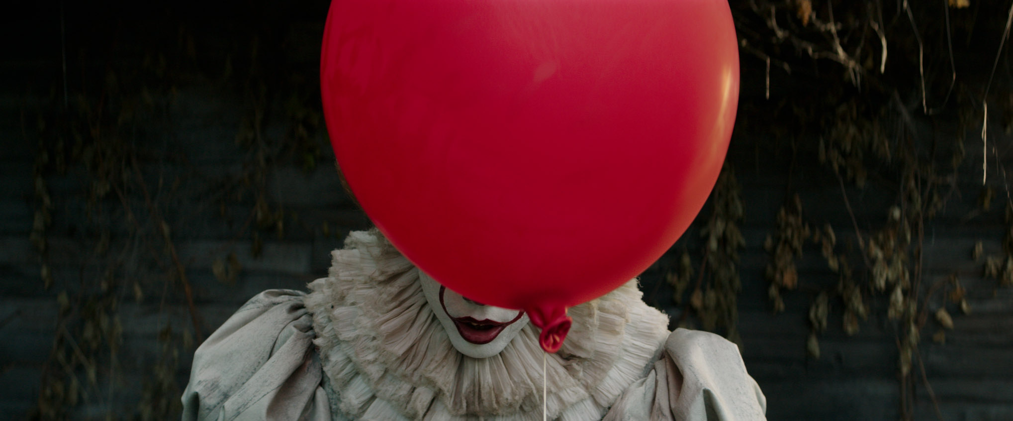 'It' Film Review: You'll Be Scared of the Clown Too