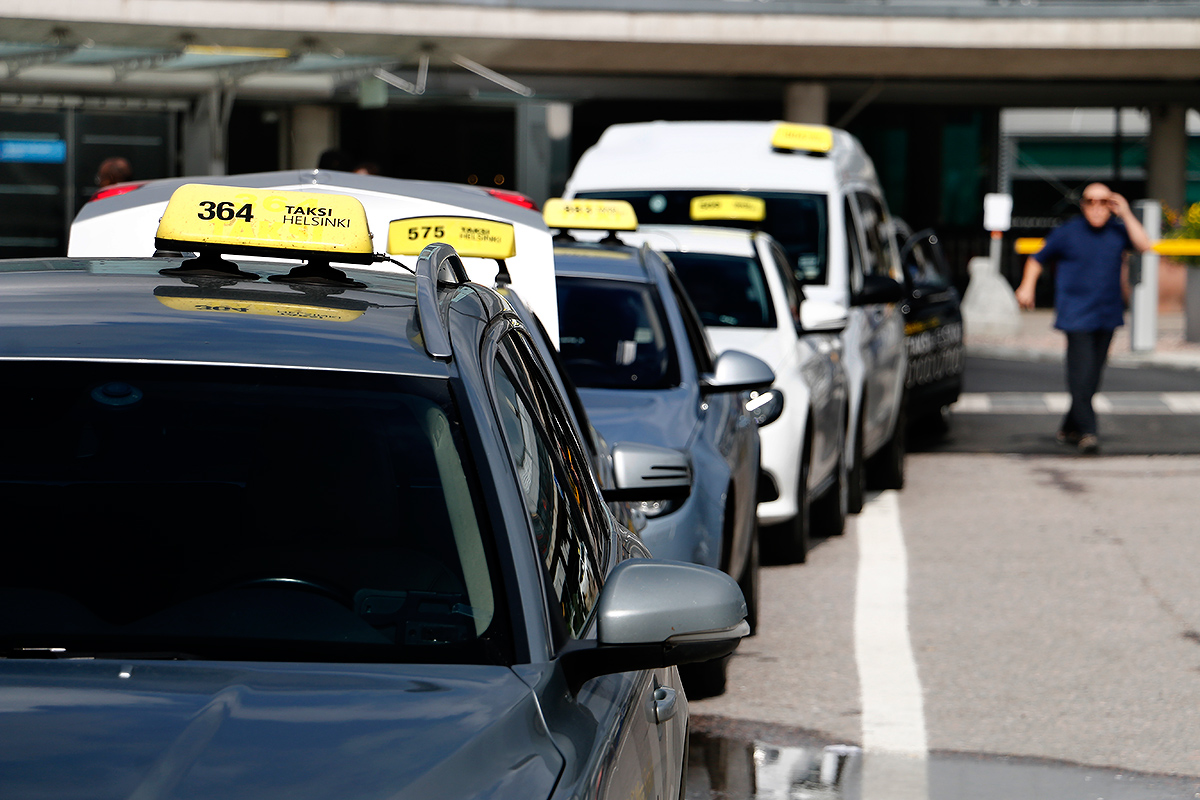 Hailing the New Finnish Taxi System – This is How it Works