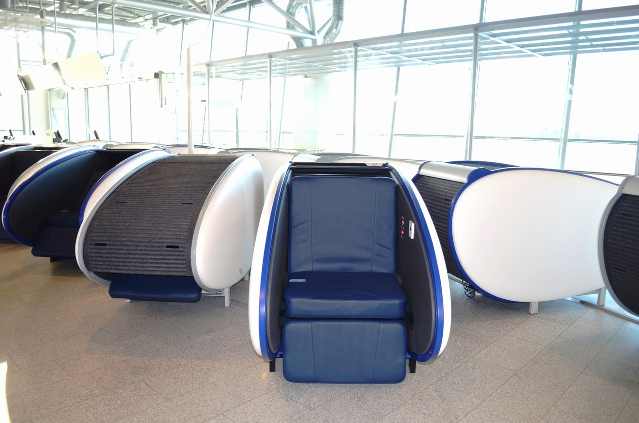 The First in Europe: Passengers at the Helsinki Airport Can Now Rest in a Tube