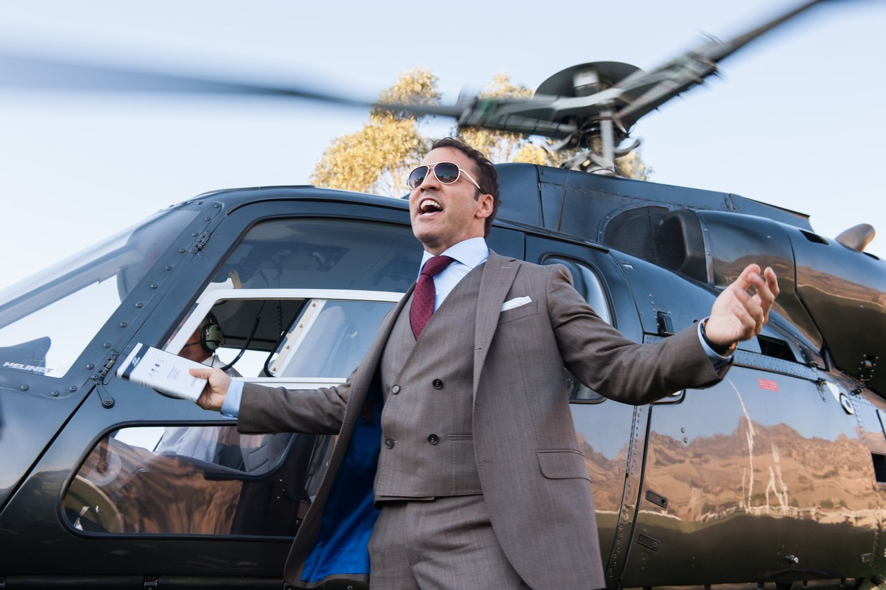 PICTURES AND REVIEW: Entourage Delivers the Fun and Chills