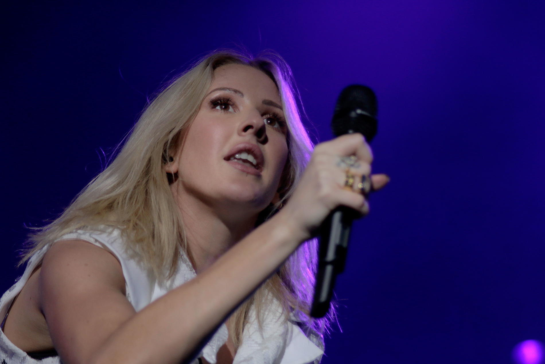 ft-ellie-goulding-2