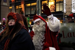 Santa Claus Faces Bankruptcy - Helpers Are on the Way
