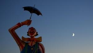 View the Dazzling Photos of Linnanmäki's Light Carnival