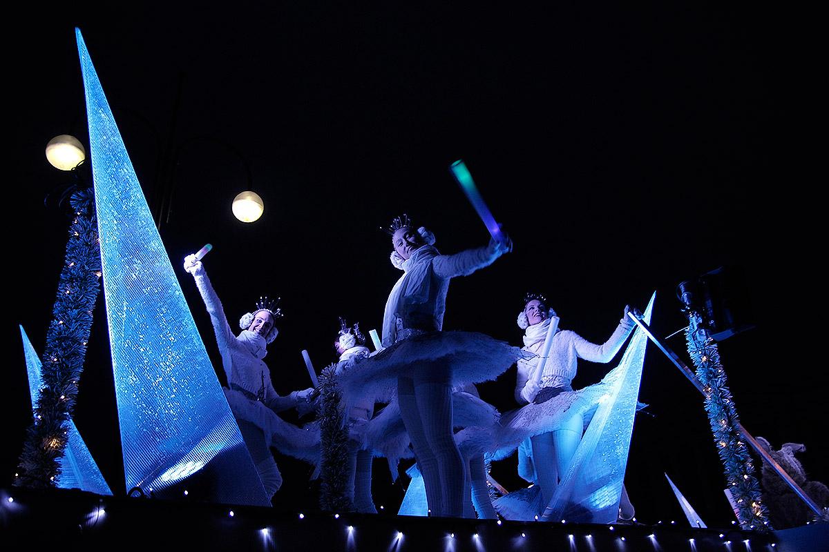 ft-christmas-street-national-ballett