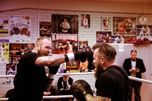 Robert Helenius Displays His Devastating Punching Power Two Days Before Title Fight