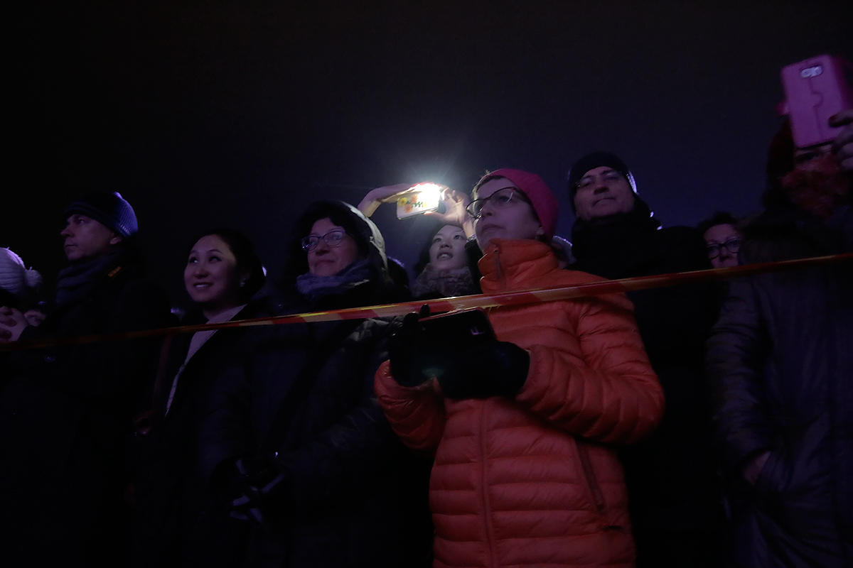 The spectators are captivated. Picture: Tony Öhberg for Finland Today