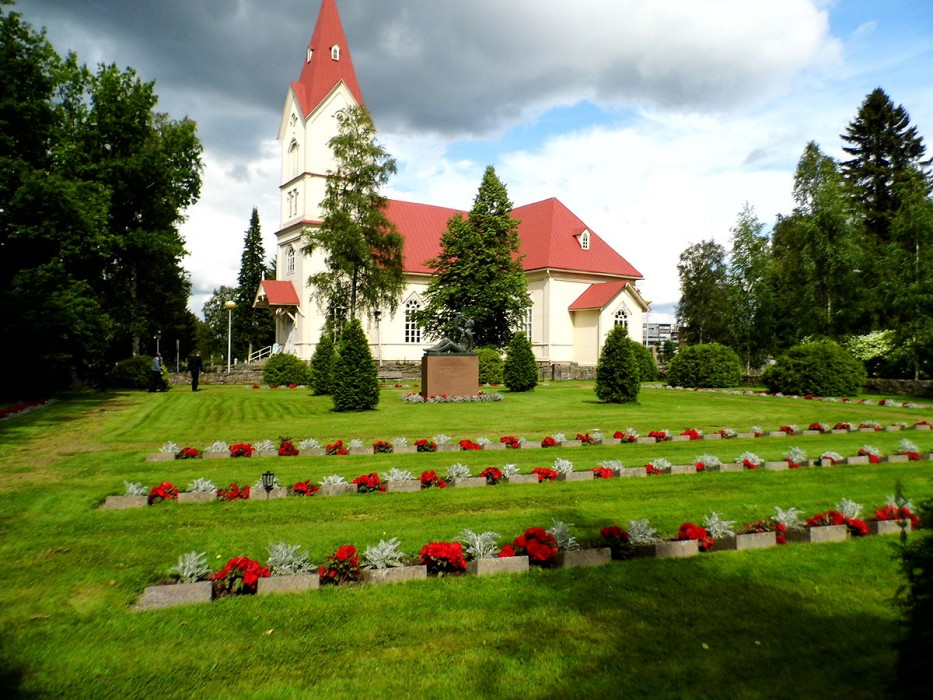 ft-ylivieska-church-summer