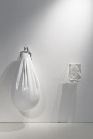 Ablution (2016). Painted aluminium, steel, fabric 110 x 128 x 51 cm. Picture: Ilpo Vainionpää