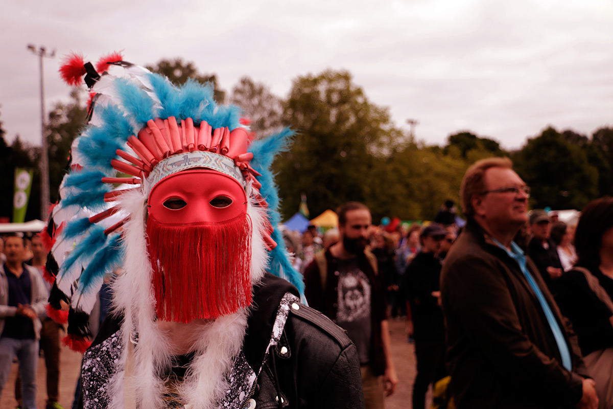 Man with the mask. Picture: Tony Öhberg for Finland Today