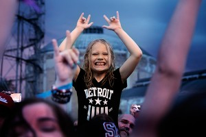 TUSKA FESTIVAL IN PICTURES: Metalheads Mosh Out the Pain In Pouring Rain