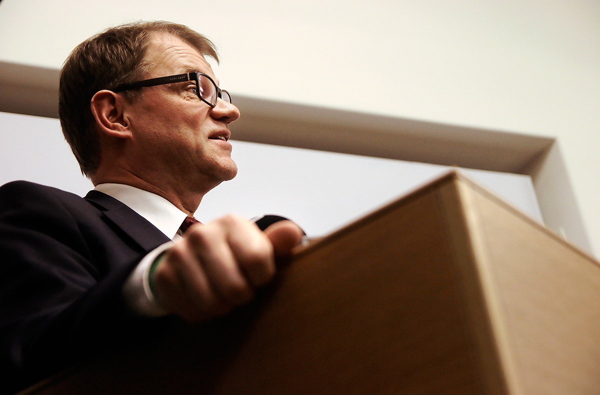 Prime Minister Juha Sipilä explaining the stir caused by his emails to a Yle reporter at the Sibelius-Akatemia turned Parliament in Helsinki, Finland on November 30 2016. Picture: Tony Öhberg for Finland Today