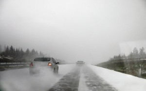 70 Fender-Benders In Uusimaa Region During the First Snowfall - Even The Plow Truck Drove Off Road