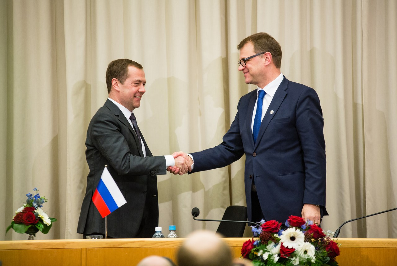 """As neighbouring countries, it is important that we maintain dialogue on bilateral and international issues that are of importance to our two countries. I am delighted that our second meeting took place in my home region, Oulu,"" said Prime Minister Sipilä when meeting his Russian counterpart, Dmitry Medvev, in Oulu, Finland on December 9 2016. Picture: Laura Kotilainen / The Finnish Government"