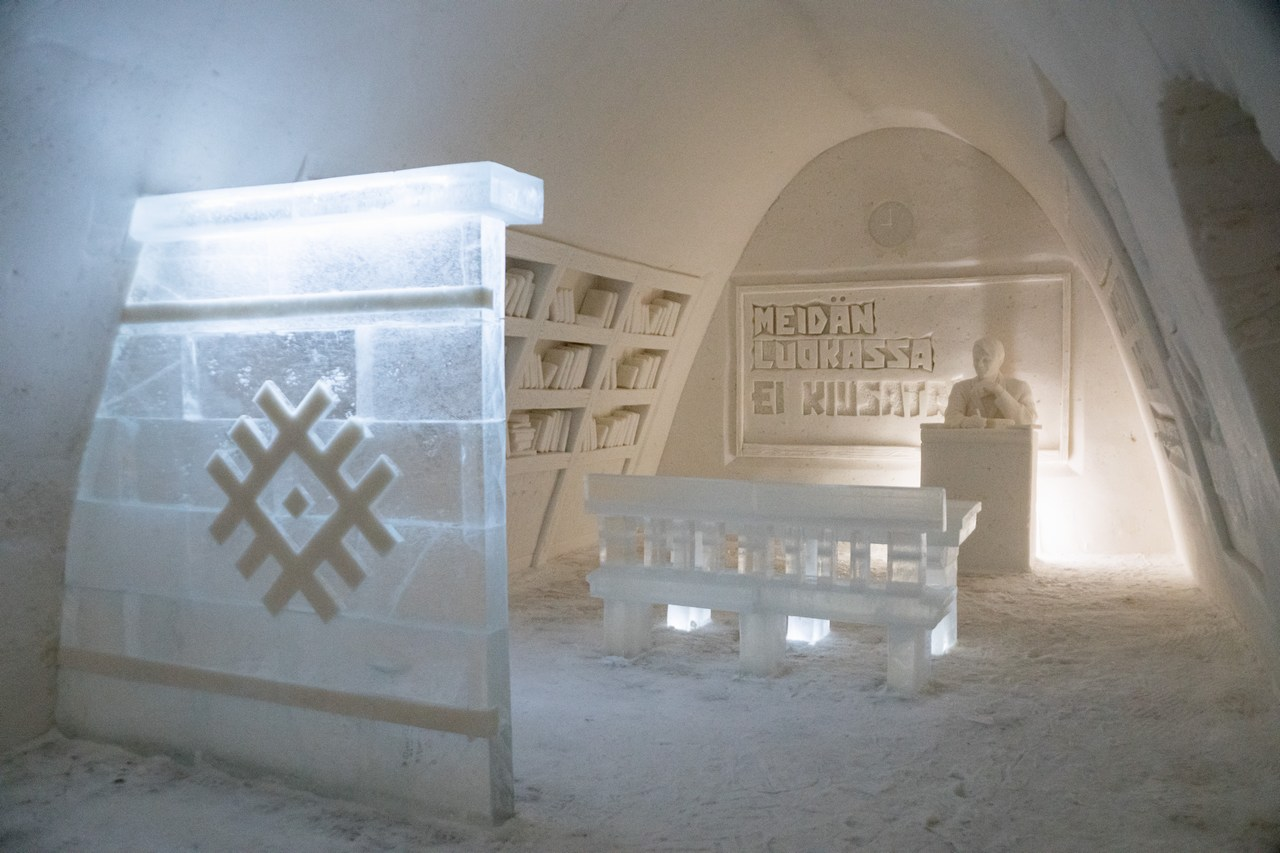 Kemi SnowCastle Displays Beautiful Ice Sculptures of Iconic Finns