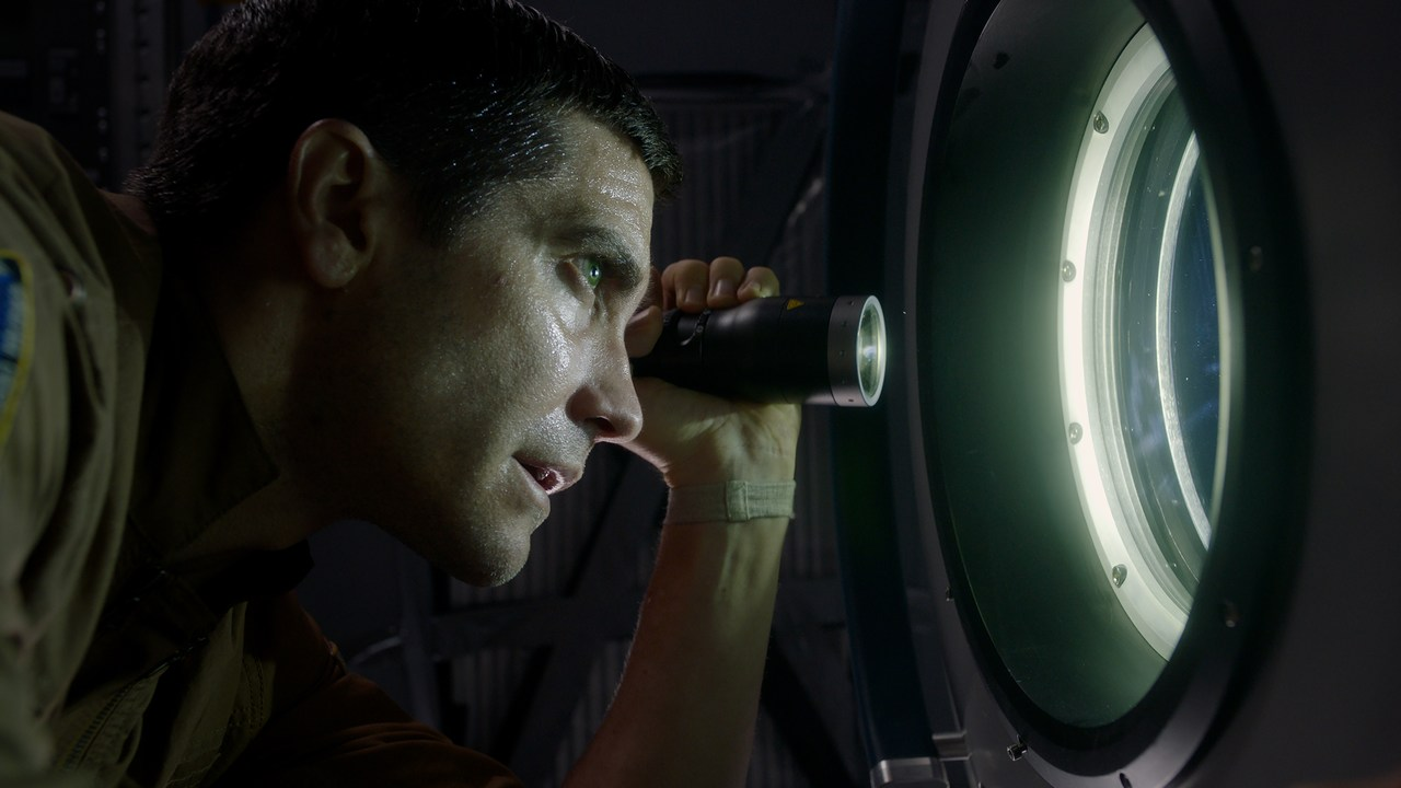 'Life' Film Review: A Fast Space Horror That Just Works