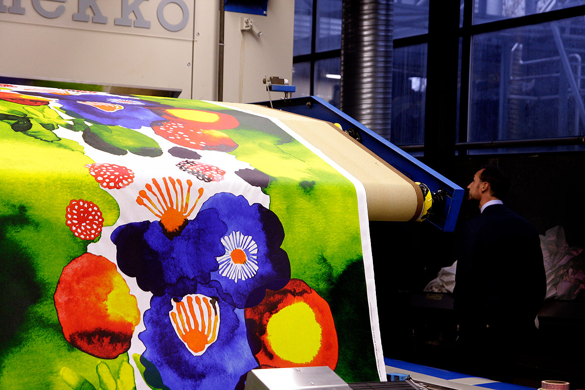 Free Fashion Shows By Marimekko in Esplanade Park on Friday – Paula Vesala Will Perform