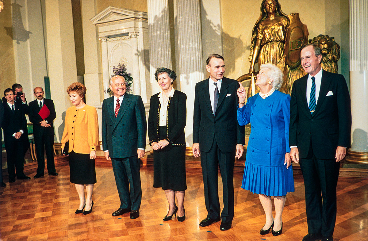 Finland Grieves Over the Loss of Former President Mauno Koivisto