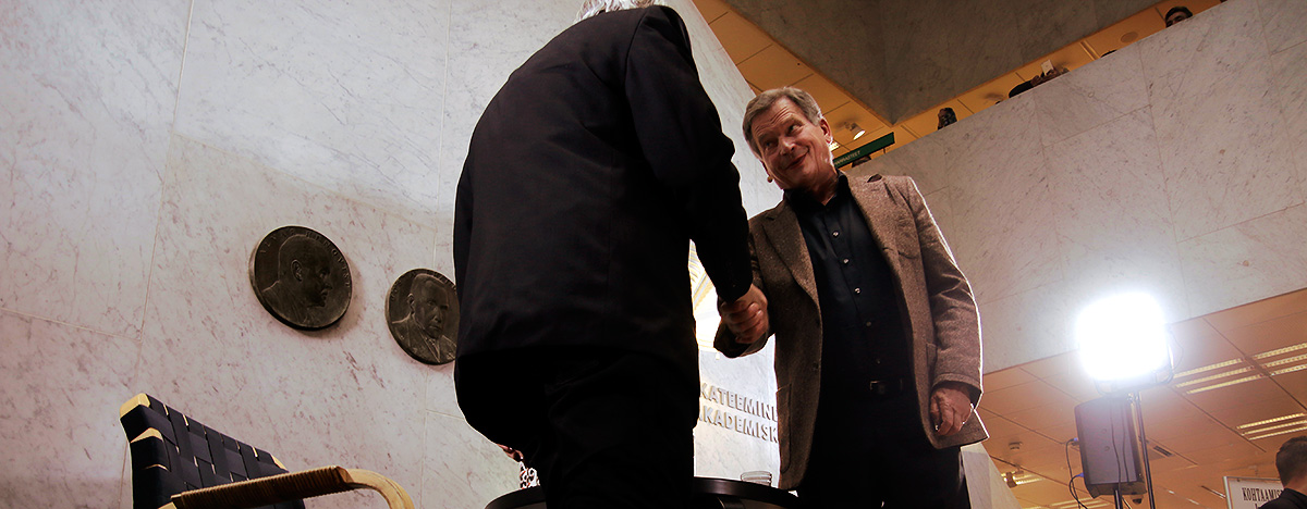 President Niinistö to Best-Selling Author Paul Auster: Do You Believe in Human Beings?