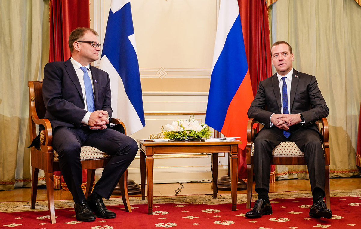 Prime Minister Sipilä And His Russian Counterpart Medvedev Happy About the Increasing Number of Russian Tourists