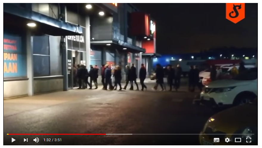 "Watch How Finns Shop on Black Friday – ""Those Finns Were Too Close to Each Other"""