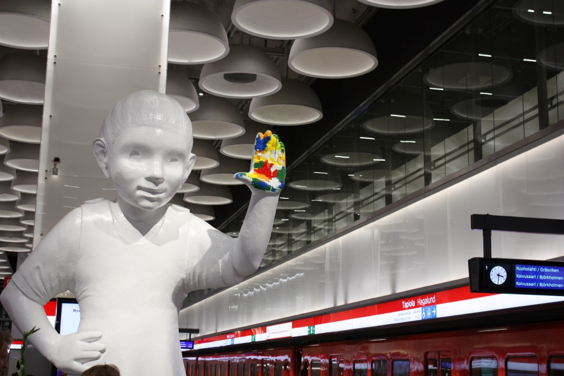 The First Part of the West Metro Will Open to Passengers November 18 – View the Futuristic Pictures