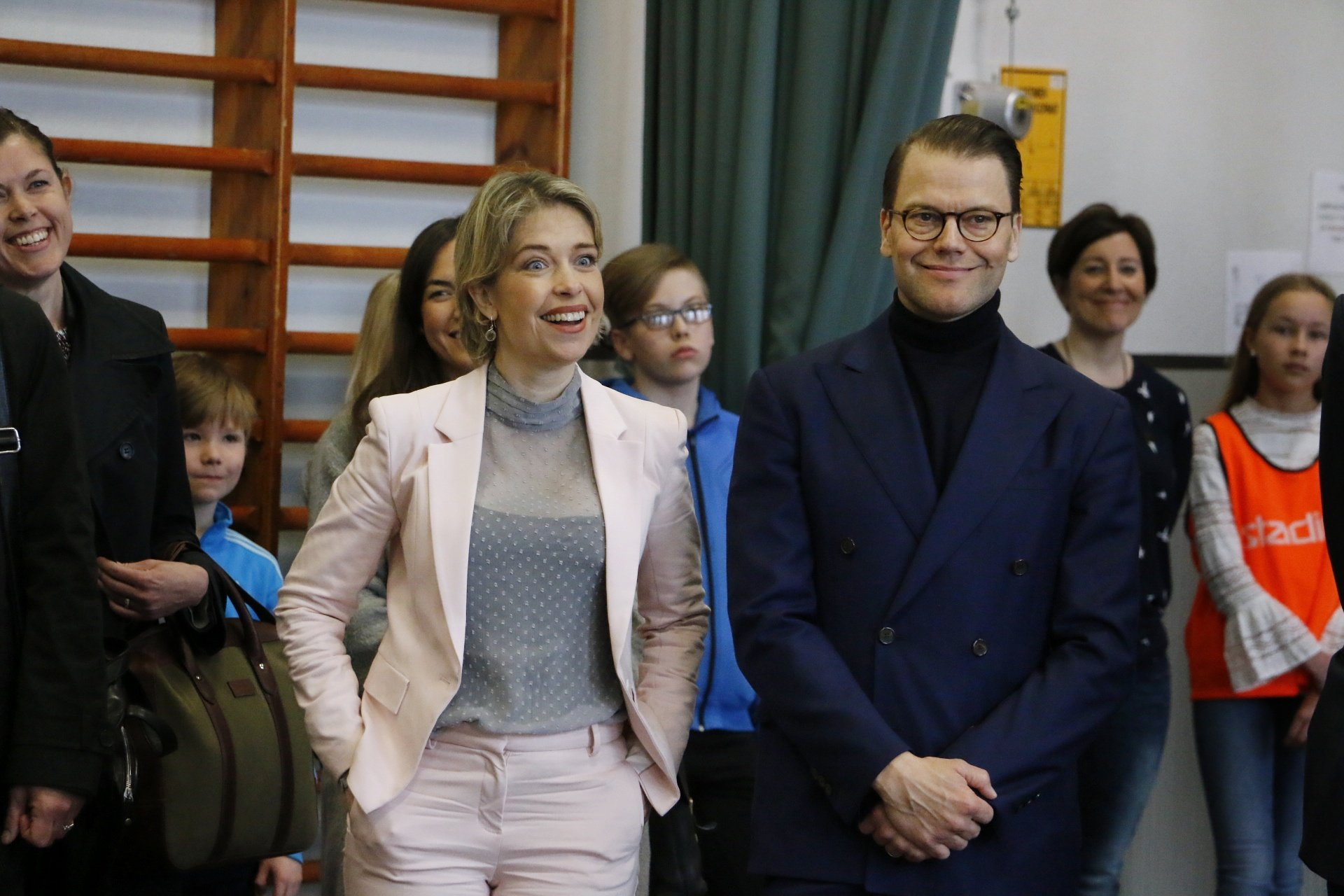 Prince Daniel of Sweden Visits an Elementary School in Helsinki – Gets to Know the 'Finnish Schools on the Move' Program