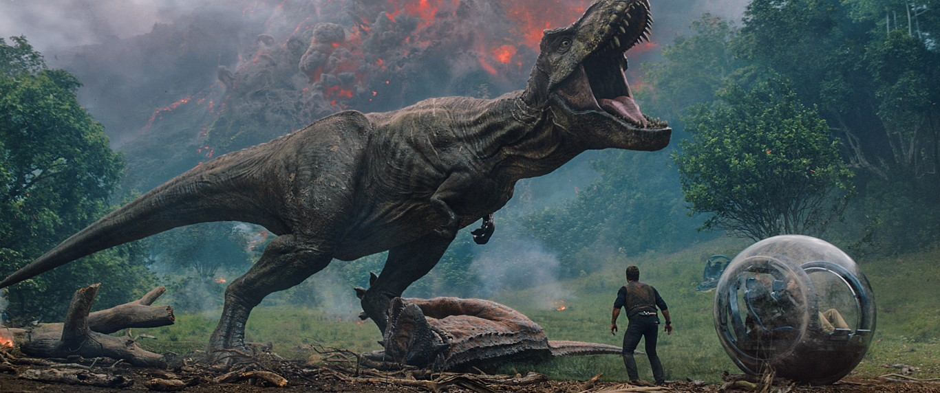'Jurassic World: Fallen Kingdom' Delivers Nothing New in the Tired Franchise