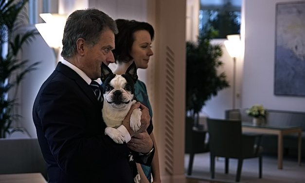 "President Sauli Niinistö Was Caught Jogging With His Dog: ""Don't Do it! We Don't Piss There"""