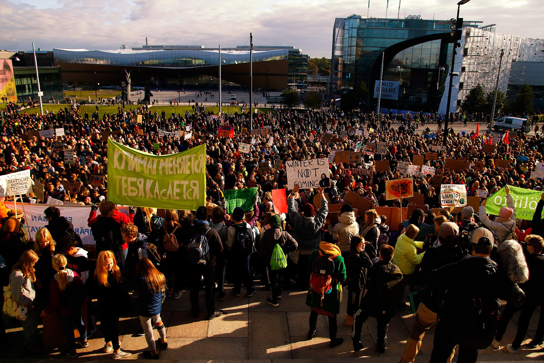 Thousands joined the protest. Picture: Tony Öhberg for Finland Today