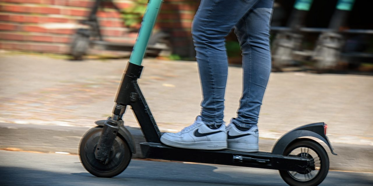 Helsinki Bans Nighttime Rides With E-Scooters During Weekends