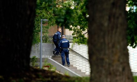 Explosion Injures Maintenance Worker at Helsinki City Theatre; Police Operation in Pictures