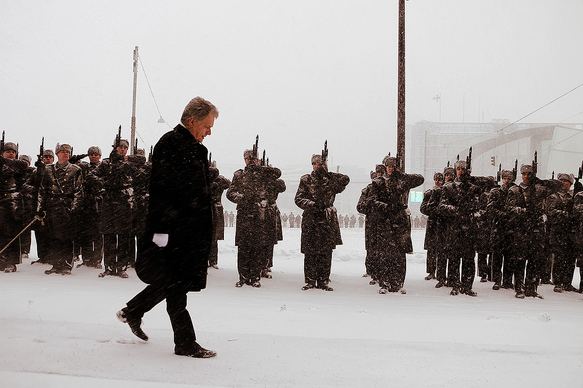 President Sauli Niinistö Highlights Loneliness in His Inauguration Speech, Greets Honorary Guard in Snow Storm