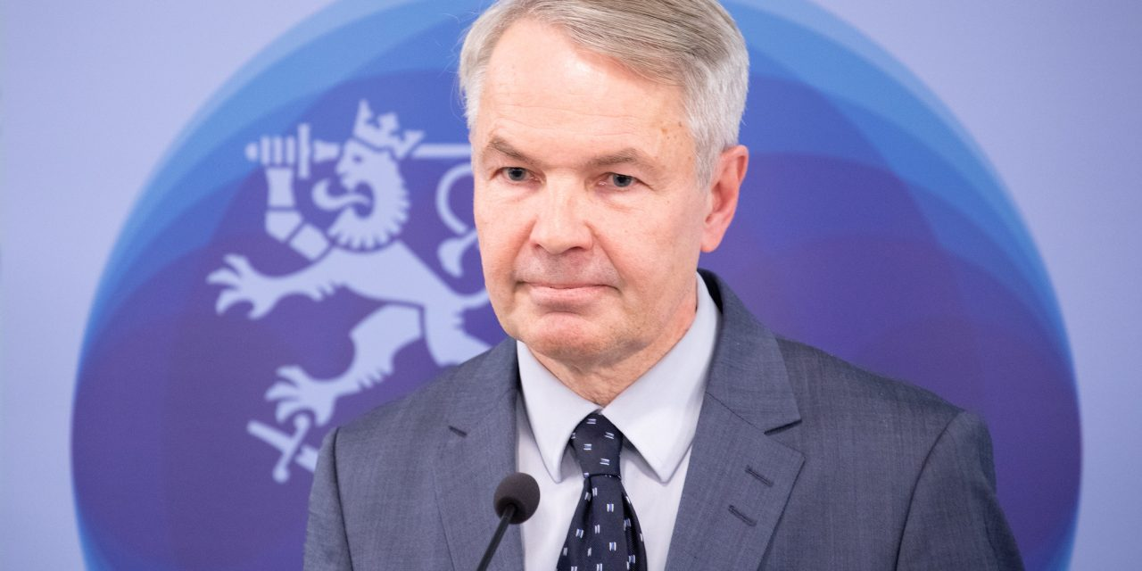 Foreign Minister Haavisto Visits Iraq to Express Support for Its Stabilization Efforts