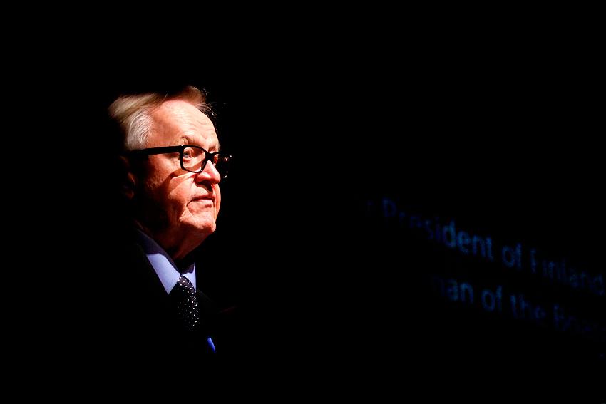Former Finnish President Martti Ahtisaari Withdraws From Peacemaking Duties Due to Illness
