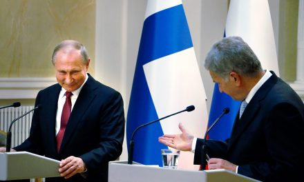 President Niinistö Has a Long Phone Call With Russian President Putin