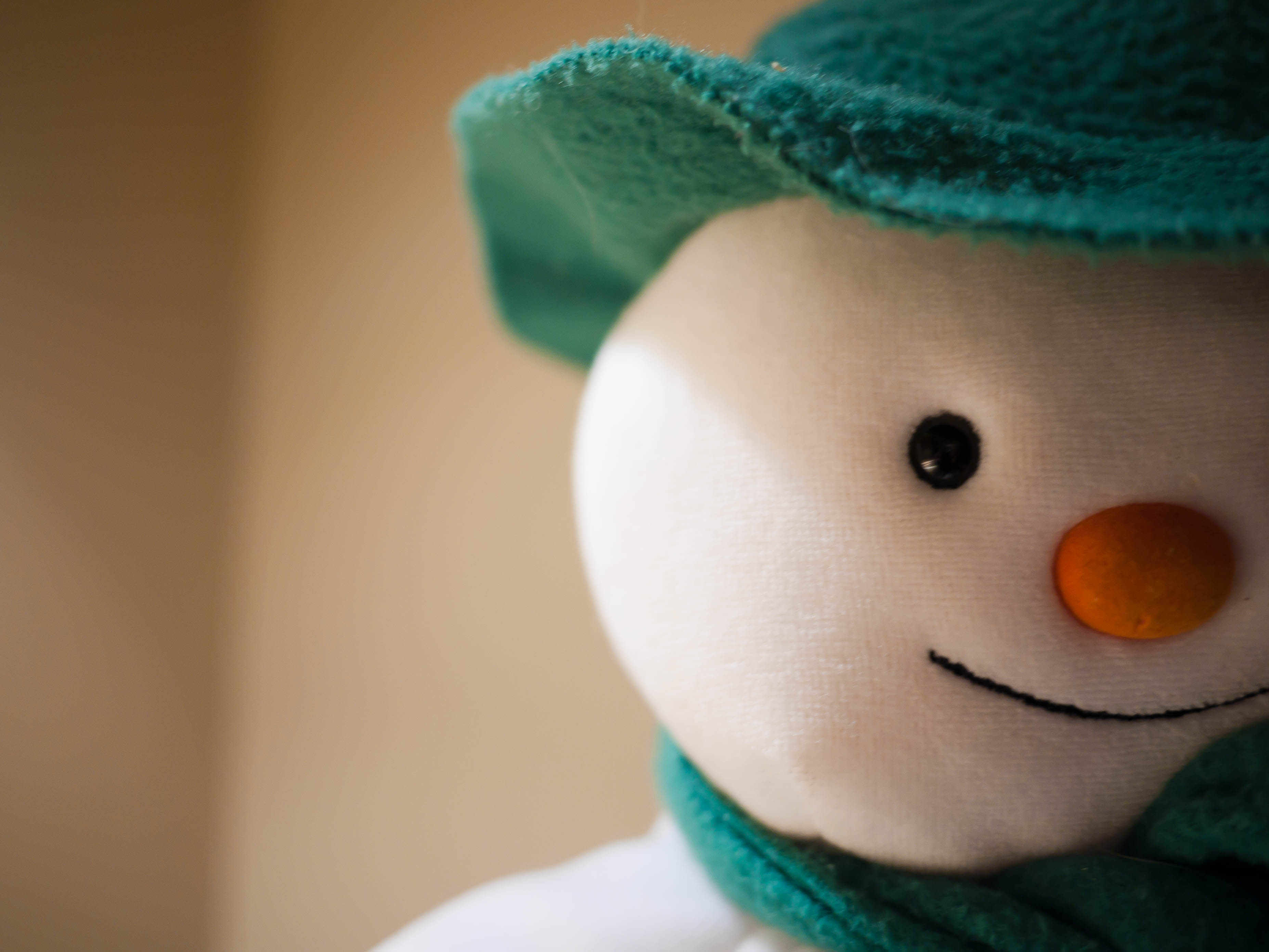 Finns Love to Build Snowmen – View the Photos of Some of the Best