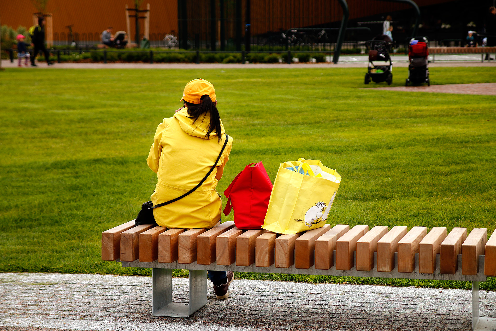 A woman is relaxing on the bench. Picture: Tony Öhberg for Finland Today